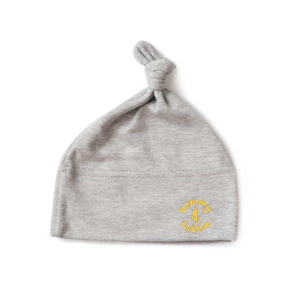 babies hat yellow logo