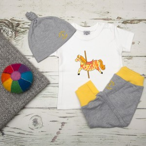 tommy & lottie baby boutique - carousel horse, harem & hat gift set